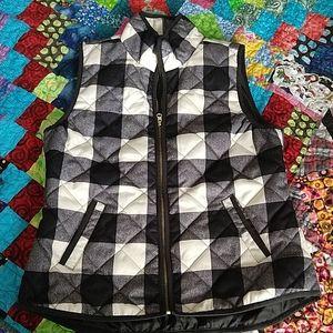 Black and almost White checkered Zipper Vest